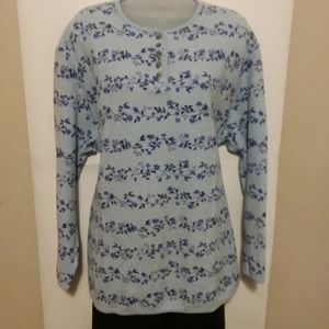 Classic Elements Floral Blue Thermal Pullover 24